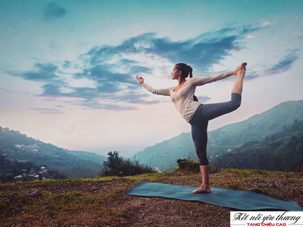 yoga-mon-the-thao-tang-chieu-cao
