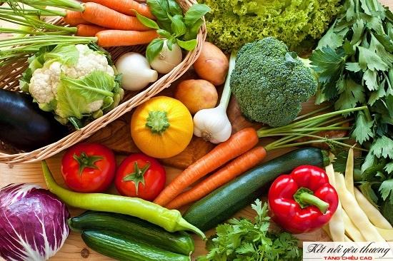 Rau xanh là nguồn bổ sung vi khoáng đa dạng cho hệ xương tăng trưởng tốt